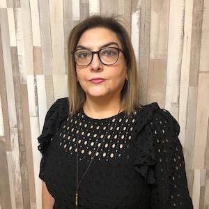 Carmen López - Asesoría de empresas económico-legal