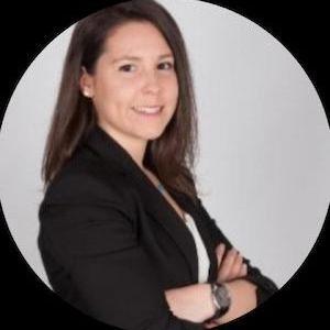 Carolina Dapena - Asesoría de empresas económico-legal